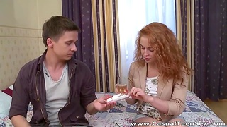 Dude fucks good-looking Russian girl after treating her with Rafaello